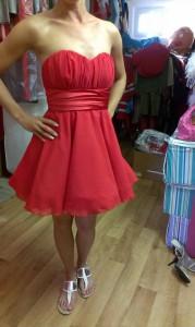 Šaty na redovy tanec
