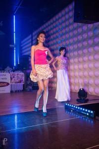 Krátke korzetové šaty